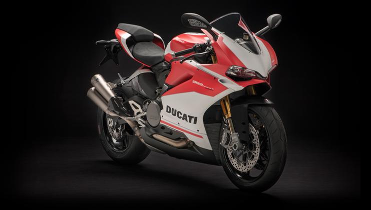 אופנוע ספורט פניגאלה 959 קורסה